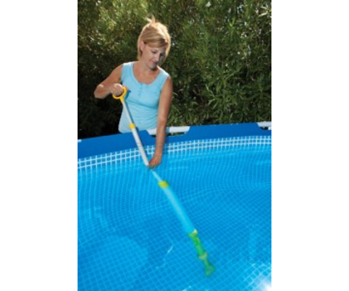 Aquaquik Spa And Pool Vacuum